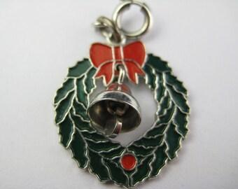 Vintage Sterling Wells Christmas Wreath Bell Charm Bracelet Pendant Jewelry