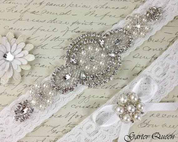 Off White Stretch Lace Bridal Garter
