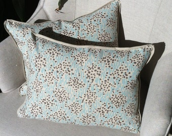 "Pair of petite China Seas pillows with linen backing and flange - 16"" x 12"""