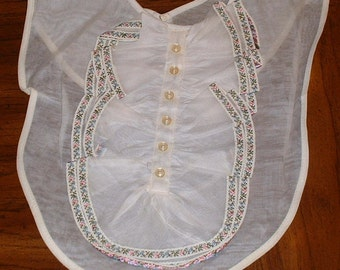 Dressy or Ornate White Organza Bib Collar Embroidered 1960's Children's or Young Women's Clothing