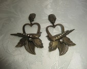 A pair of  earrings, antique style, vintage,hearts and birds, with swarovski crystals