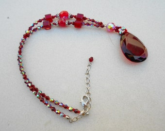 Vintage necklace in Ruby glass necklace 1990s vintage jewelry