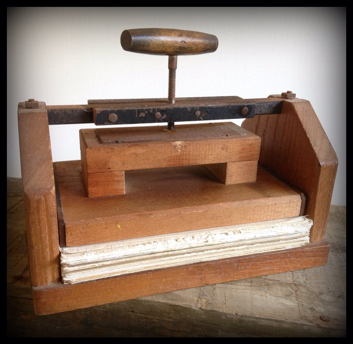 Vintage Antique Wood Flower Press Hand Crank By