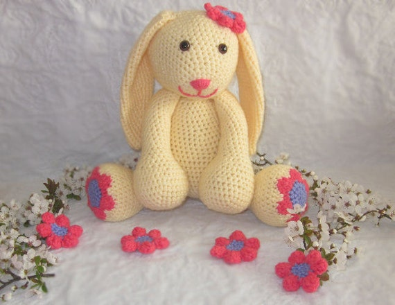 Daisy the Spring Bunny Crochet Pattern