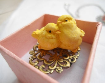 Chick friends ring:  Nickel free and lead free antique brass resin easter chicky ring