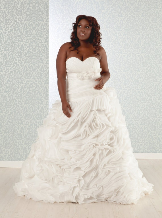 Items similar to plus size wedding dress luxurious silk for Corset wedding dresses plus size