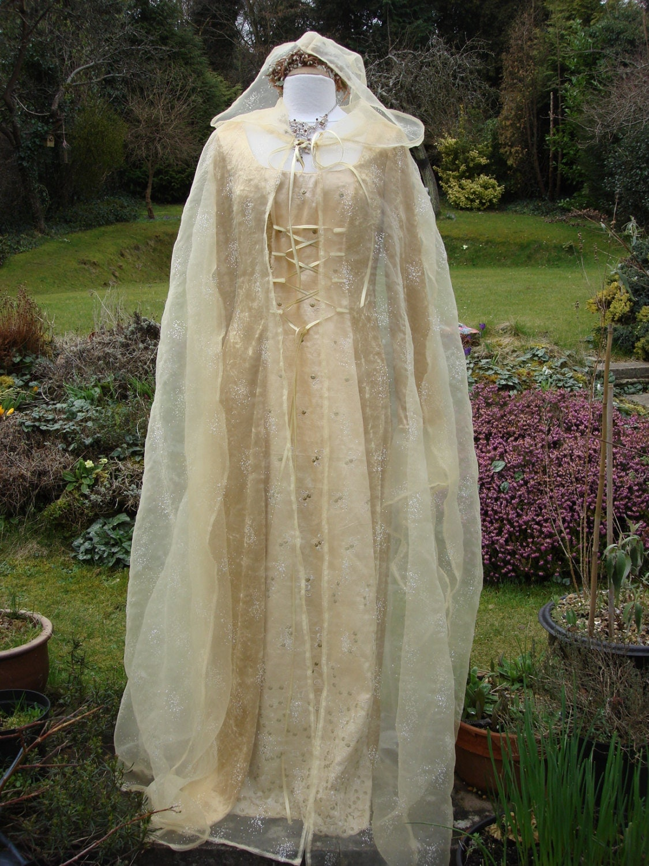 arwen galadriel renassiance lotr pagan wedding dresses zoom