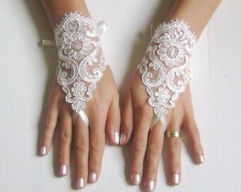 Bridal Gloves, Wedding Gloves, Ivory Lace gloves, Fingerless Gloves, Ivory wedding, wedding cuffs, bride, bridal gloves, Bridal cuffs 0013