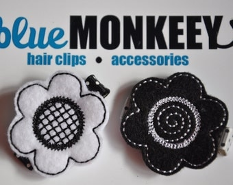 Black and White Flower Hair Clip Set