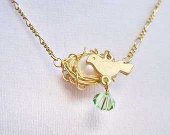 Egg Birds Nest Necklace, Birds Pendant, Gold plated pendant, Birthstone necklace, Peridot, August birthday, Mother Daughter gift,