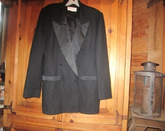 Vtg.Liz Claiborne Tuxedo Jacket w/Satin Trim
