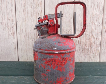 Vintage Justrite Steel One Pint Safety Gas Oil Can Red.
