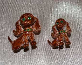 Gerry Mother and Pup Scatter Pins, Chocolate Enamel with Emerald Eyes, Child, Children