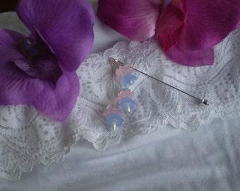 Floral bead pin