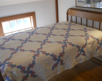 Reduced Price!  Vintage - Pretty and Soft, 1920s Drunkards Path Variation, Quilted at 8 SPI.