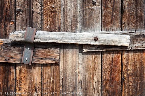 Articles similaires loquet en bois porte en bois for Porte de grange bois