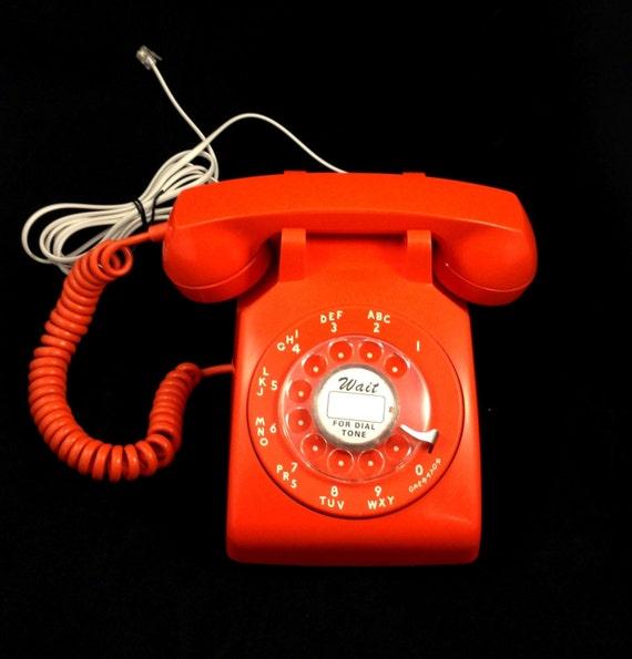 rare orange vintage itt rotary telephone. Black Bedroom Furniture Sets. Home Design Ideas