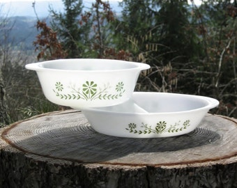 Pair of Glasbak Casserole Dishes in Daisy Days Pattern