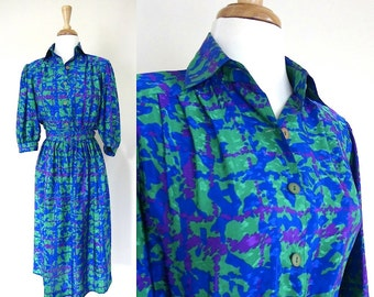 Vintage Dress // Small Belted Pattern