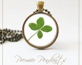 Four Leaf Clover Green Necklace Pendant Jewelry Vintage Image Art 0405AGC