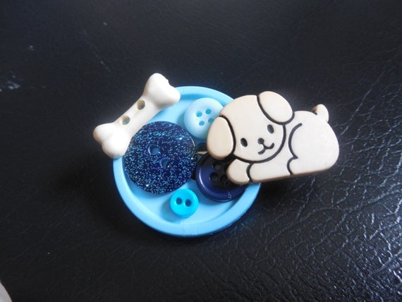 Dog Button Brooch