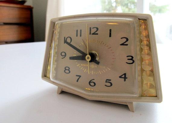 Electric Alarm Clock ~ Vintage general electric alarm clock model by tagandtibby
