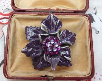 Vintage style purple  floral pendant      18