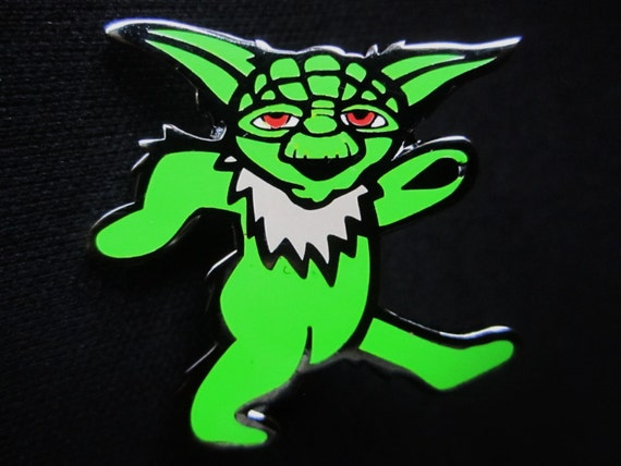 Dancing bear pin-4130