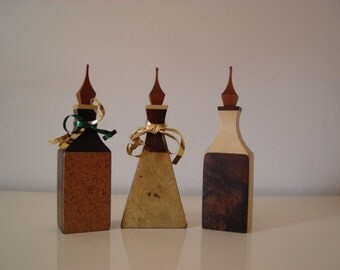 bottles in precious woods use favors and ornaments