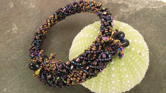 purple iris and gold beaded memory wire bracelet