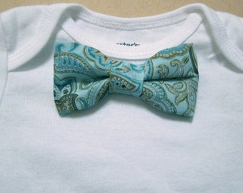 Short-sleeve Baby bodysuit with your choice of 1 removable Bow Tie with Sew-on-Snaps
