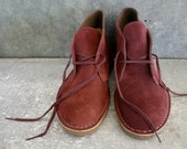 8.5 Oxblood Clarks Chukka Boots - NEVER WORN - KingsHighway
