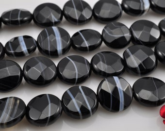 39 pcs of Natural Black Banded Agate faceted flat coin beads in 10mm (0149#)