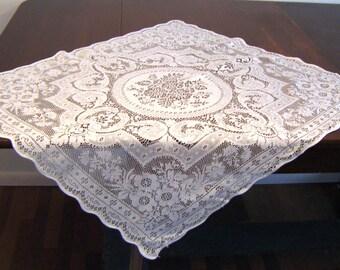 White lace vintage bridge cloth tablecloth tea cloth