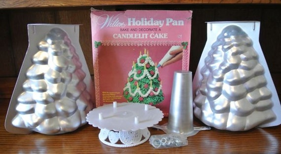 Wilton Stand Up Christmas Tree Cake Pan by BirdsNotebookNest