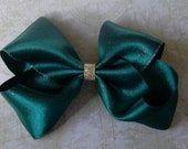Metallic Hunter Green And Gold Bow