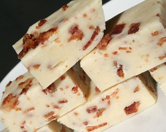 White Chocolate and Bacon Fudge - 1/2 Pound (About 9 Pieces)