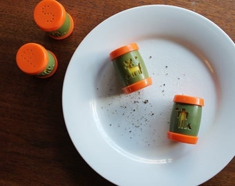 Kitschy Native American Salt and Pepper Shakers (Indian)
