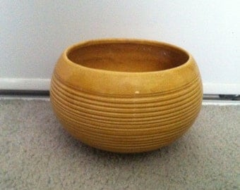 Jenkins planter 7.5 in wide 5.0 tall