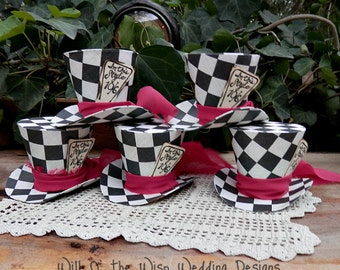 Alice in Wonderland  Decor set 5 ,Mini  CHECKERED MAD HATTER Top hats -Party favors or with elastic for wearing