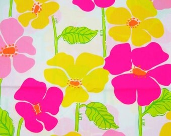 Lilly Pulitzer Fabric  Sweet Sally  18 x 18 inches