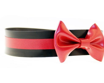 Latex Collar with Stripe and Midi Bow