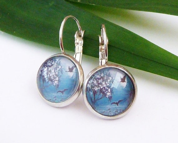 Earrings with beautyful landscape