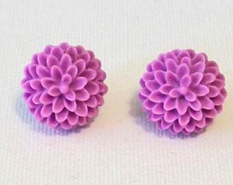 SALE Lavender Purple Mum Flower Pierced Earrings