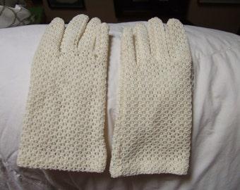 HALF PRICE SALE!!! White Cotton Crocheted Lace Gloves