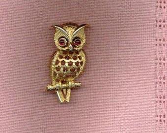 Avon Owl Pin Ruby Glass Eyes