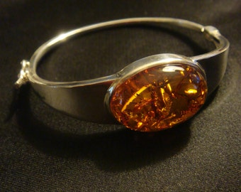 Luxury Silver Bangle with Honey colored Amber