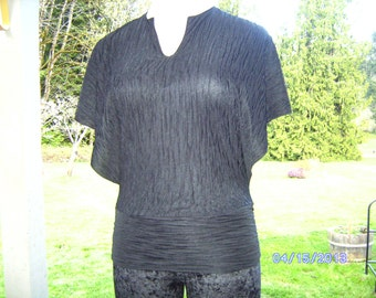 SBU0027 Nonya Black Top Polyester  L/M/S