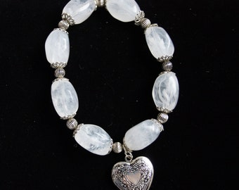 Vintage Clear Stone Heart Bracelet With Silver Accents