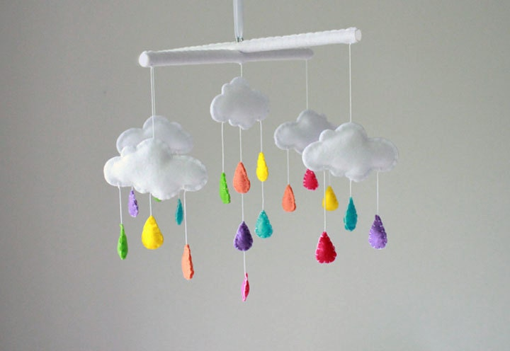 rainbow cloud baby mobile crib mobile by sweetdreamsbabyshop. Black Bedroom Furniture Sets. Home Design Ideas